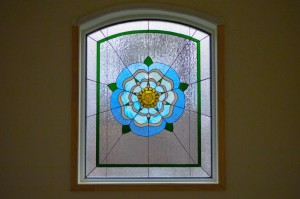Contemporary Floral Yorkshire Rose Barnes window